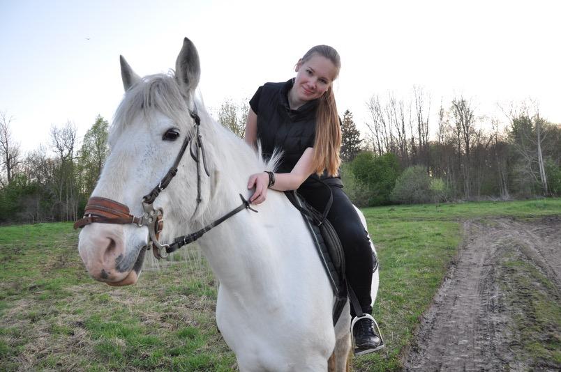 克拉克騎馬